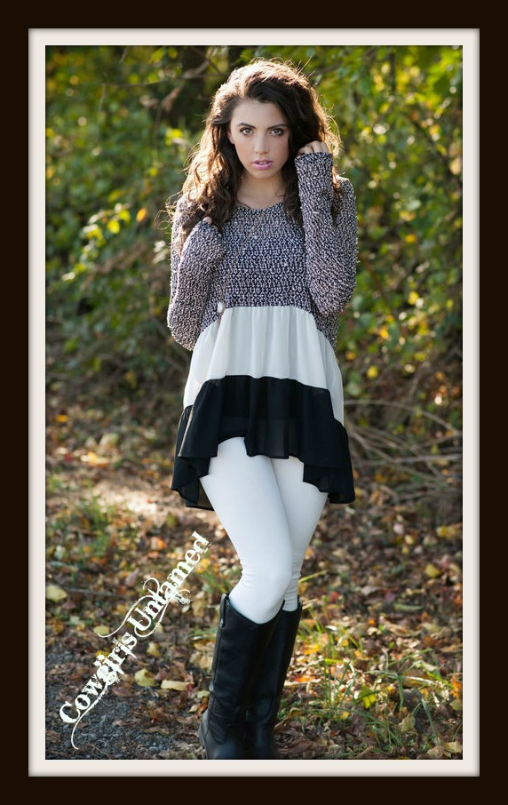 COWGIRL GYPSY SWEATER Black and White Stripe Knit Long Sleeve Sweater
