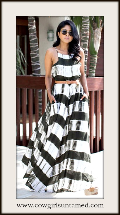 BOHO CHIC DRESS Black & White Tie Dye Print Sleeveless A-Line Maxi Dress