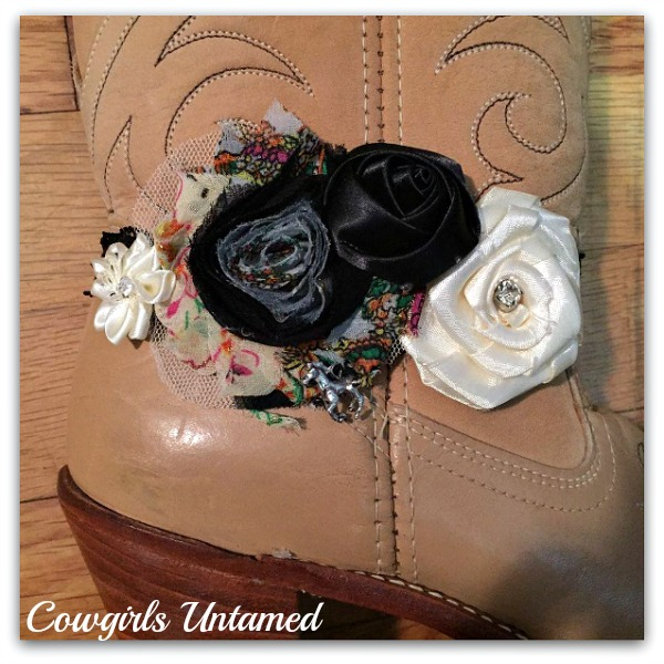 WILDFLOWER BOOT JEWELRY Cream N Black Silk and Mesh Flowerss Rhinestone and Antique Silver Galloping Horse Charm on Stretchy Black Lace Boot Cuff