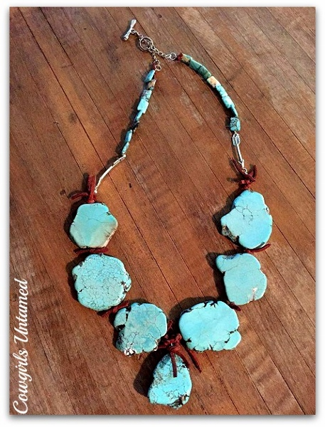 WESTERN COWGIRL NECKLACE Turquoise Stone with Silver Arrows & Brown Leather Necklace