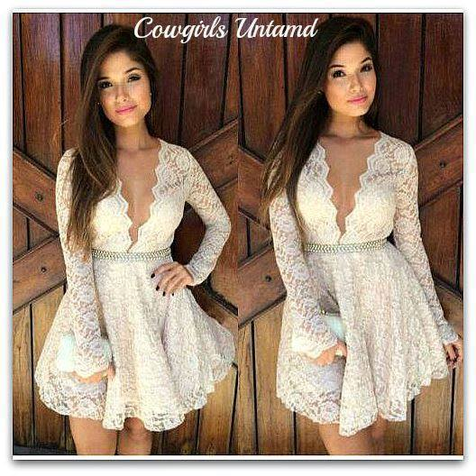 COWGIRL GYPSY DRESS Deep V Neck Full Skirt White Lace Long Sleeve Western Dress