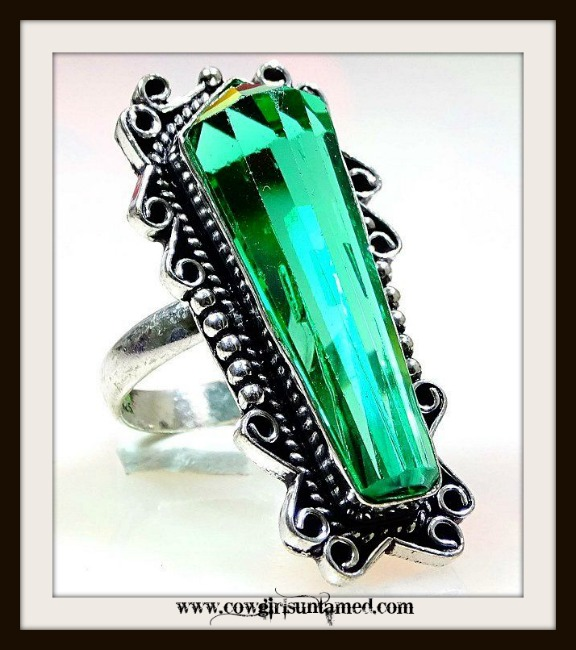 COWGIRL GYPSY RING Green Apatite Gemstone 925 Sterling Silver Vintage