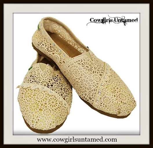 WILDFLOWER SHOES Cream Lace Slip On Toms Like Boho Shoes