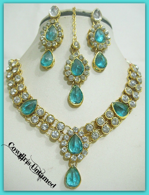 COWGIRL GYPSY NECKLACE SET Gold Plated Aqua and Rhinestone Kundan Necklace Jewelry Set