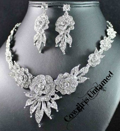 COWGIRL GLAM NECKLACE SET Peony Flower AUSTRIAN CRYSTAL Necklace Earring Set