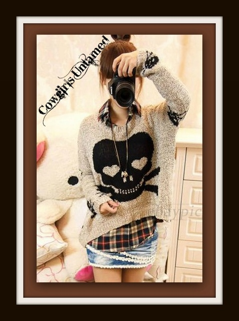 COWGIRL GYPSY SWEATER Black and Beige Skull Loose and Casual Hi Lo Hemline Long Sleeve Sweater