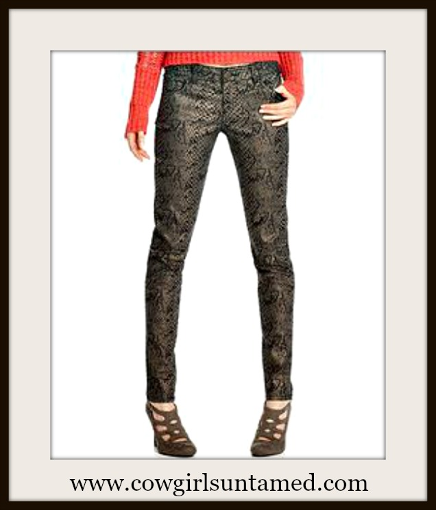 CELEBRITY PINK JEANS Low Rise Skinny Faux Snakeskin Coated Skinny Jeans