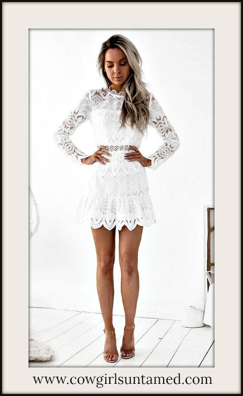 VINTAGE BOHEMIAN DRESS Vintage High Neck Long Sleeve White Floral Lace Mini Dress