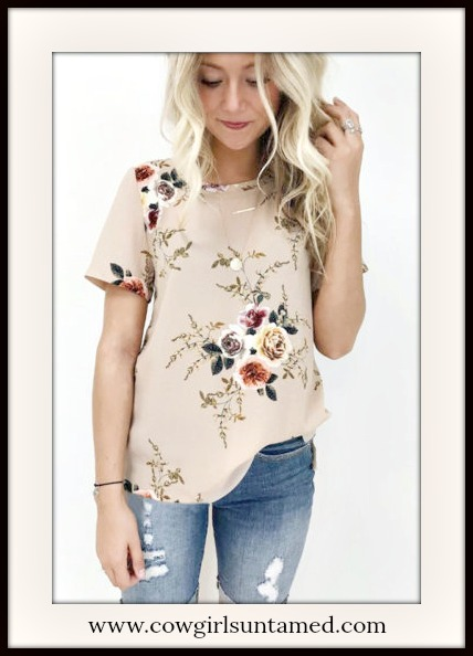 SHE'S A DOLL TOP Vintage Floral Print on Beige Short Sleeve Blouse