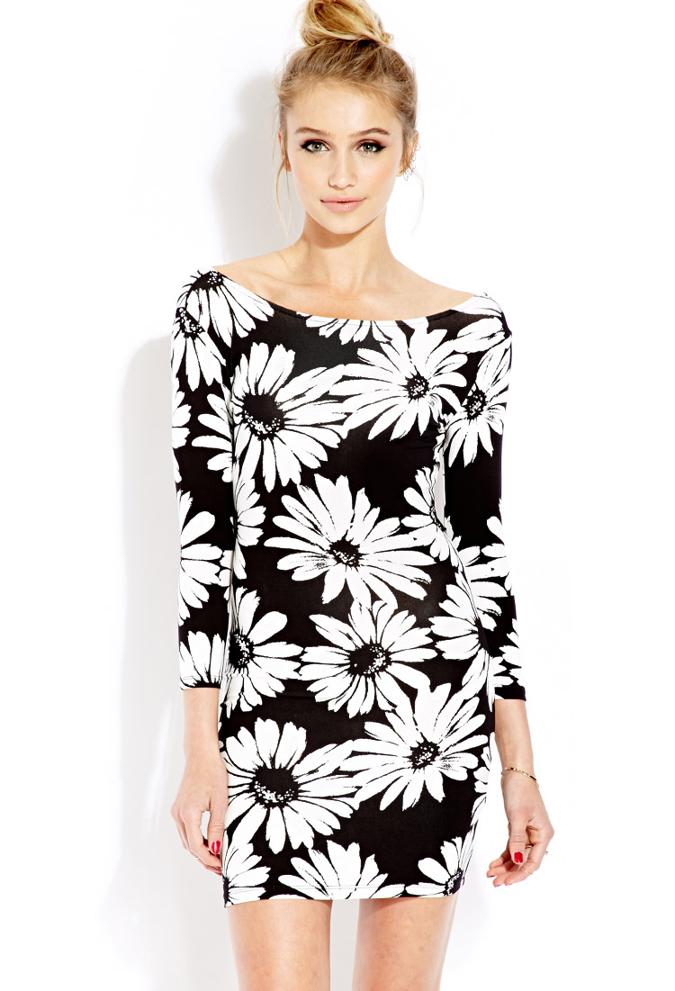 THE JEMMA DRESS Black & White Large Floral Open Back 3/4 Sleeve Bodycon Fitted Womens Dress LAST ONE S
