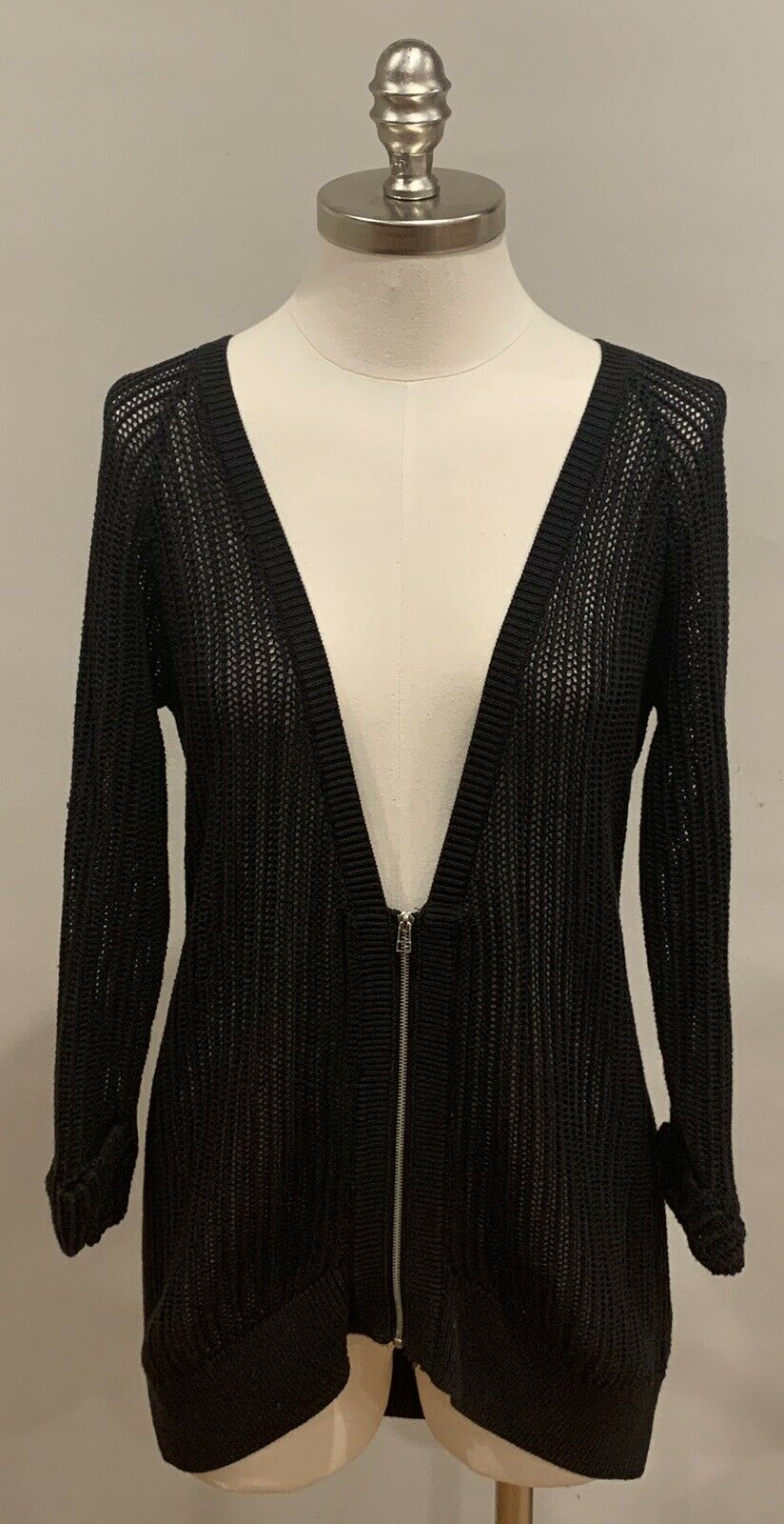 THE CALLIE CARDI Silver Zipper Deep V 3/4 Cuffed Sleeve Loose Knit Black Sweater Cardigan LAST ONE M