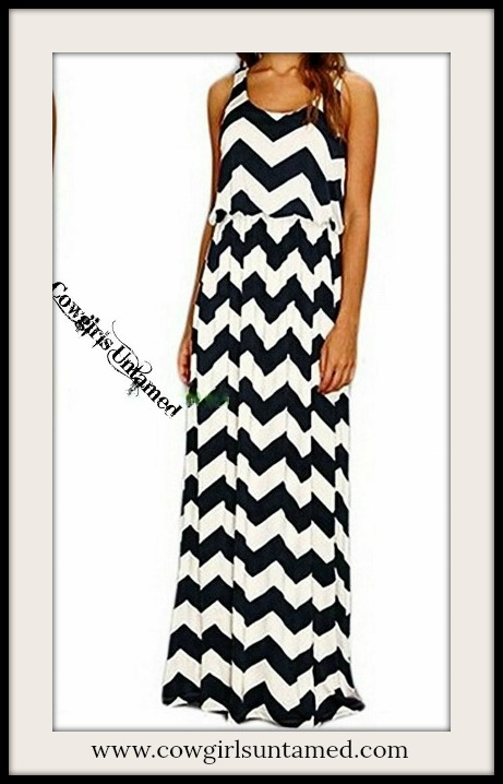COWGIRL STYLE DRESS Black and White Zig Zag Chevron Maxi Dress
