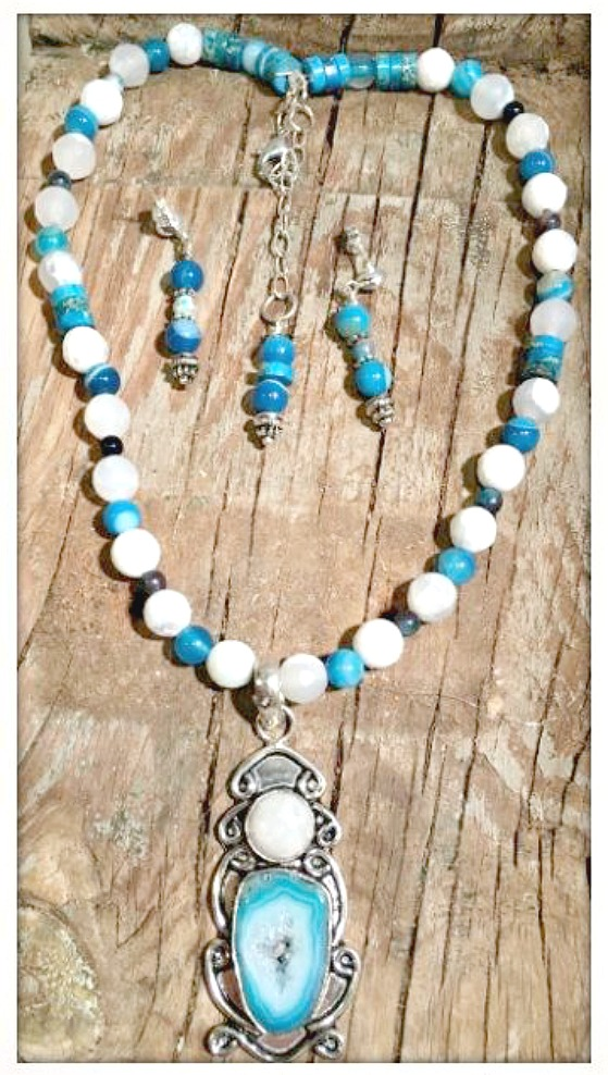 BOHEMIAN COWGIRL NECKLACE Blue Solar Druzy & Moonstone SS Pendant Gemstone Beaded Necklace
