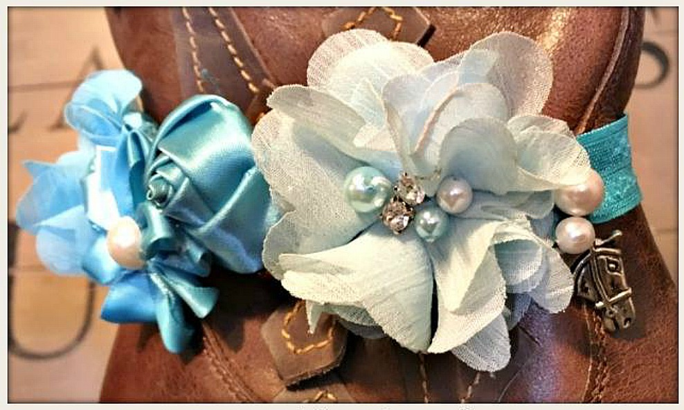 WILDFLOWER BOOT GARTER Blue Turquoise Silk & Fabric Flowers with Pearl Rhinestone and Antique Silver Horse Charm on Stretchy Band Boot Cuff