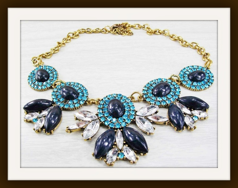 GOING GLAM NECKLACE Blue Stone & Rhinestone Gold Necklace