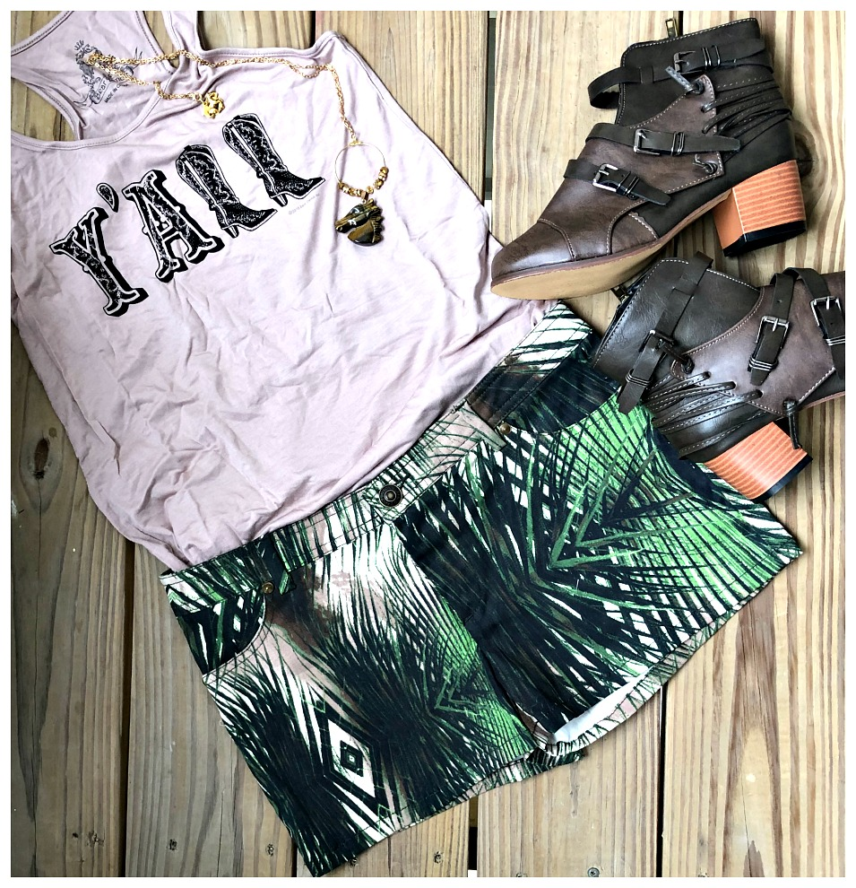 BDB SHORTS Shades of Green Palms White Designer Shorts Sizes 27,28,29,30