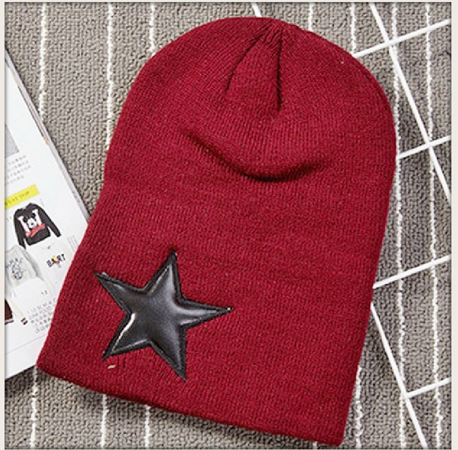 BEANIE CAP  Unisex Knit Winter Hat with Star 2 COLORS Black or BURGUNDY