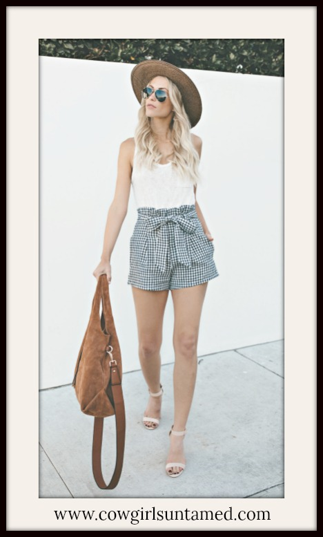 COUNTRY COWGIRL SHORTS Grey & Off White Checked Self Tie Pocket Shorts