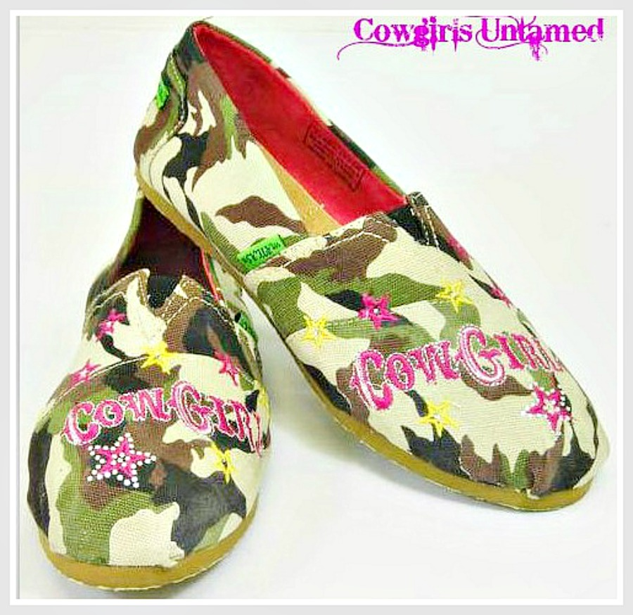 "CAMO COWGIRL SHOES Camo ""COWGIRL"" with Pink Rhinestone Star  Western Slip On Shoes LAST PAIR 8"
