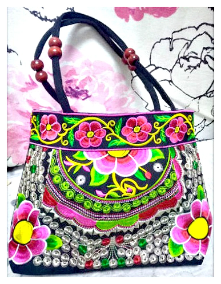 VINTAGE BOHEMIAN HANDBAG Floral Embroidery Black Canvas Medium Boho Handbag
