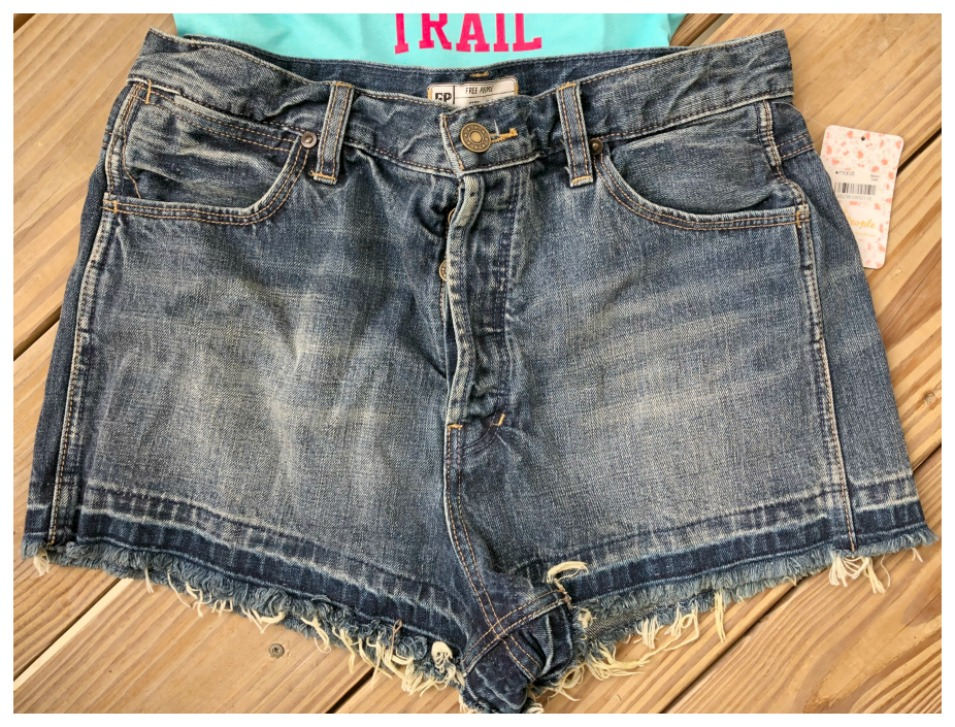 FREE PEOPLE SHORTS Denim Boho Designer Cut Off Jean Shorts Sizes 28, 29, 30, 31