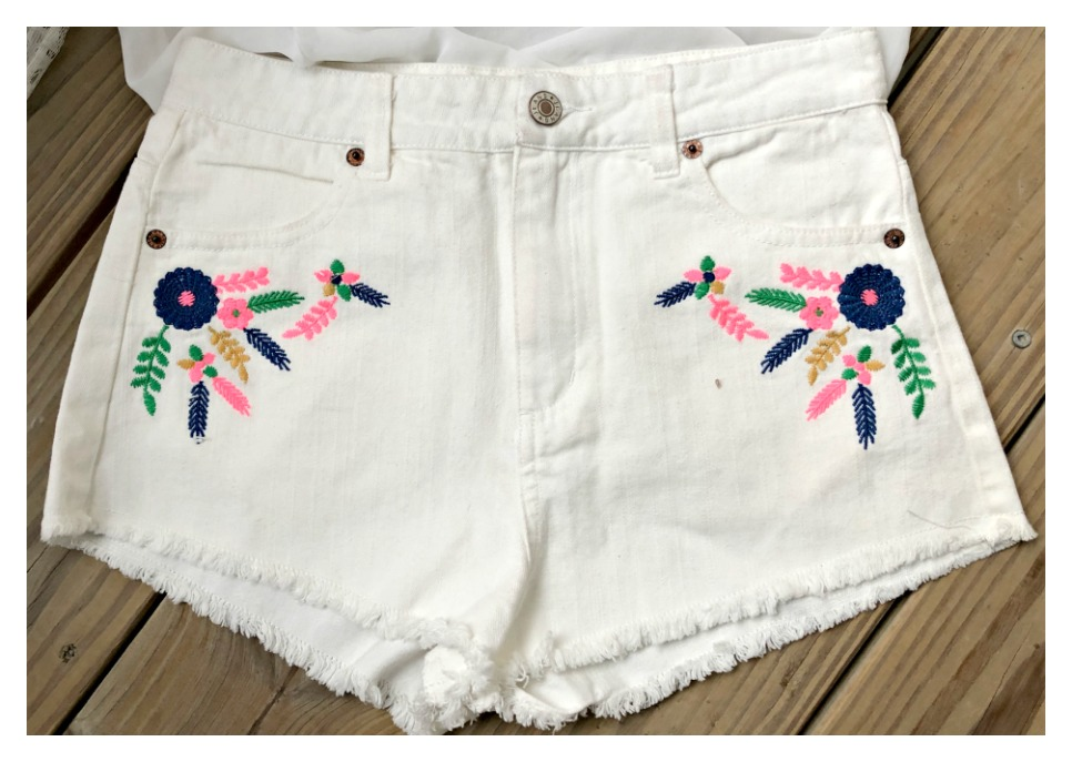 FLYING TOMATO SHORTS Multi Color Floral Feather Embroidered White Jean Cut Offs