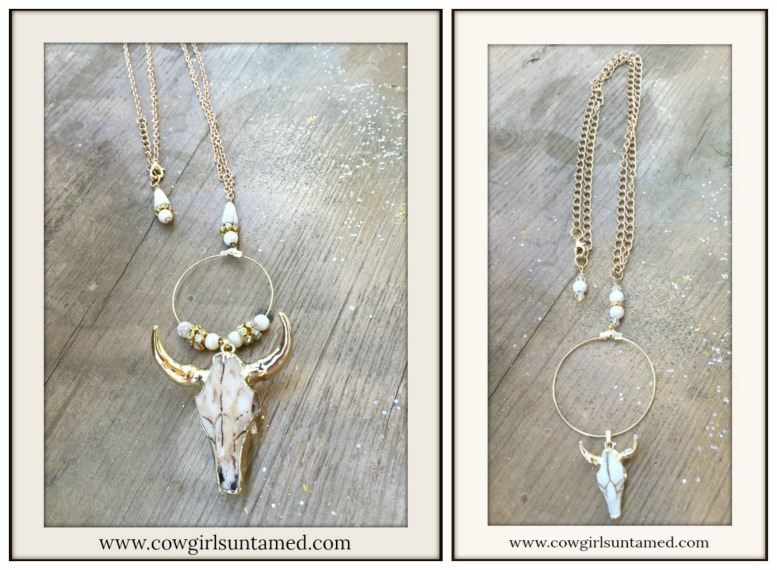 MAGNOLIAS BLOOM NECKLACE Golden Horn Steer Head Skull Rhinestone Hoop Necklace