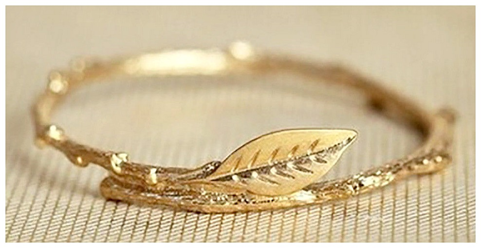 THE MELISSA RING Golden Leaf Branch Ring