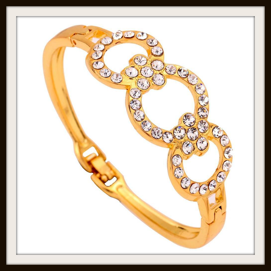 GOING GLAM BRACELET Rhinestone Circles Golden Bracelet