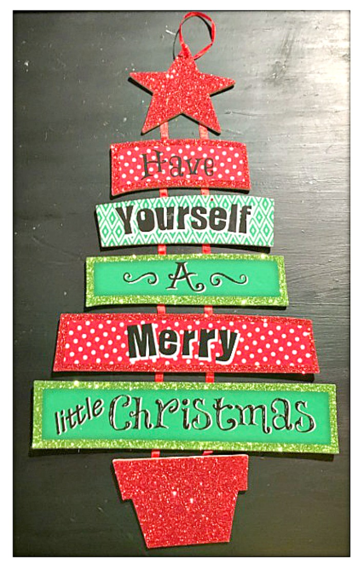 """COWGIRL CHRISTMAS DECOR Red and Green """"Have Yourself a Merry Little Christmas"""" Tree Wall Hanging"""