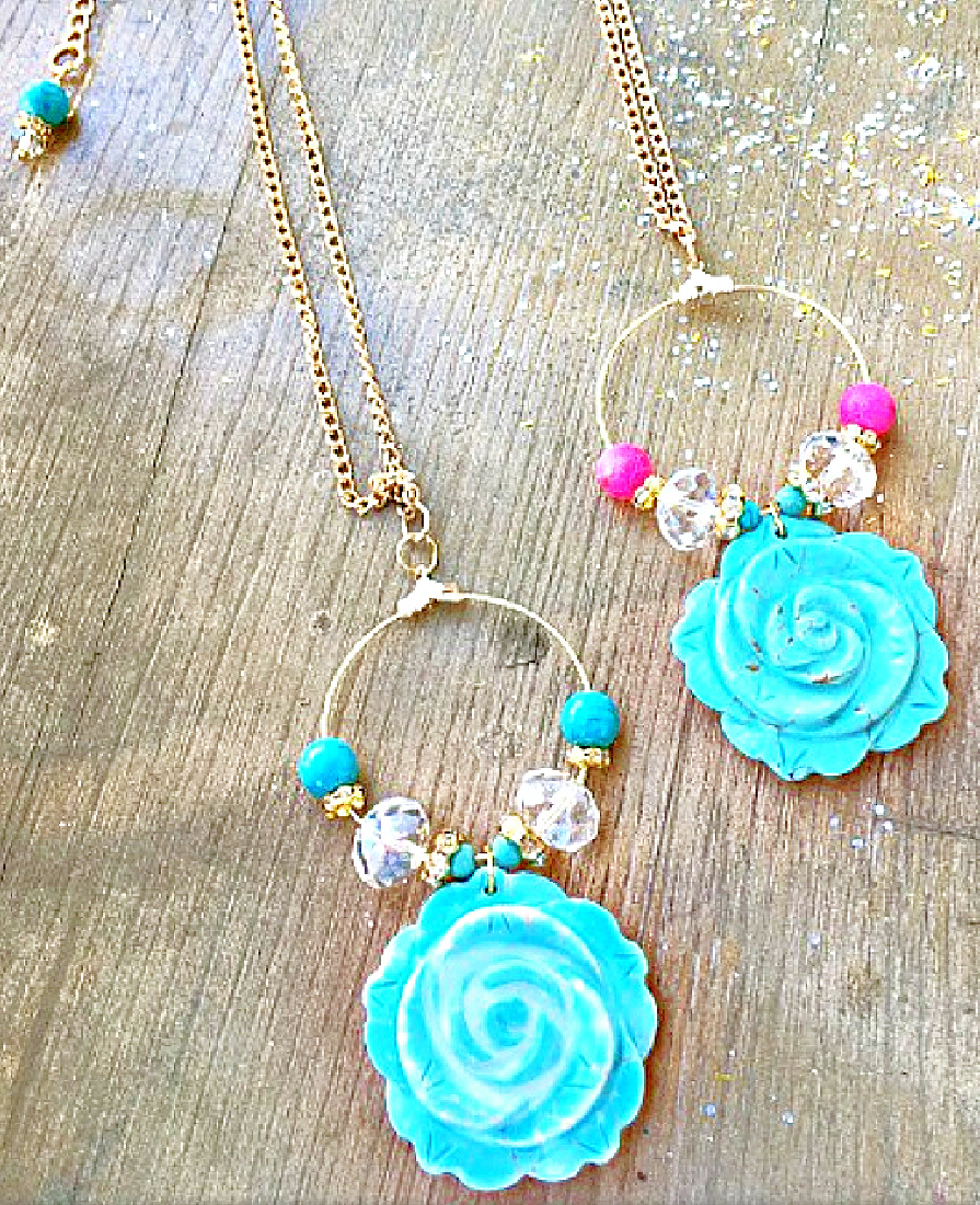 BLOOMING ROSE NECKLACE Turquoise Rose Rhinestone Golden Hoop Necklace  2 COLORS