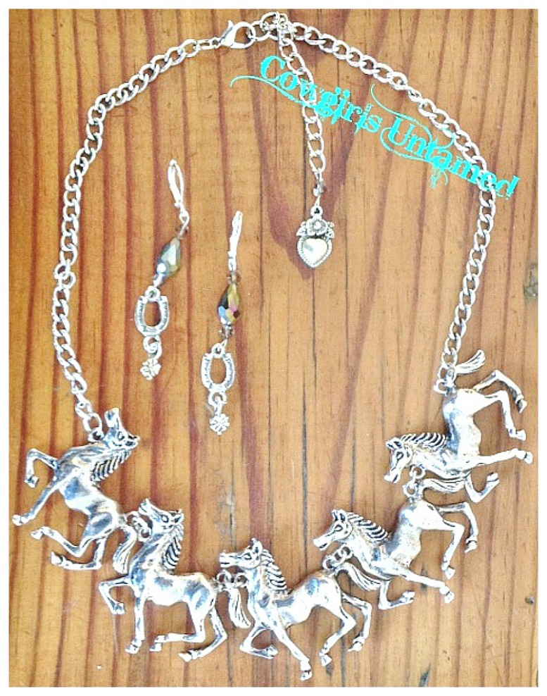 HORSE LOVIN' COWGIRL NECKLACE SET Antique Silver Western Statement Necklace & Earrings SET