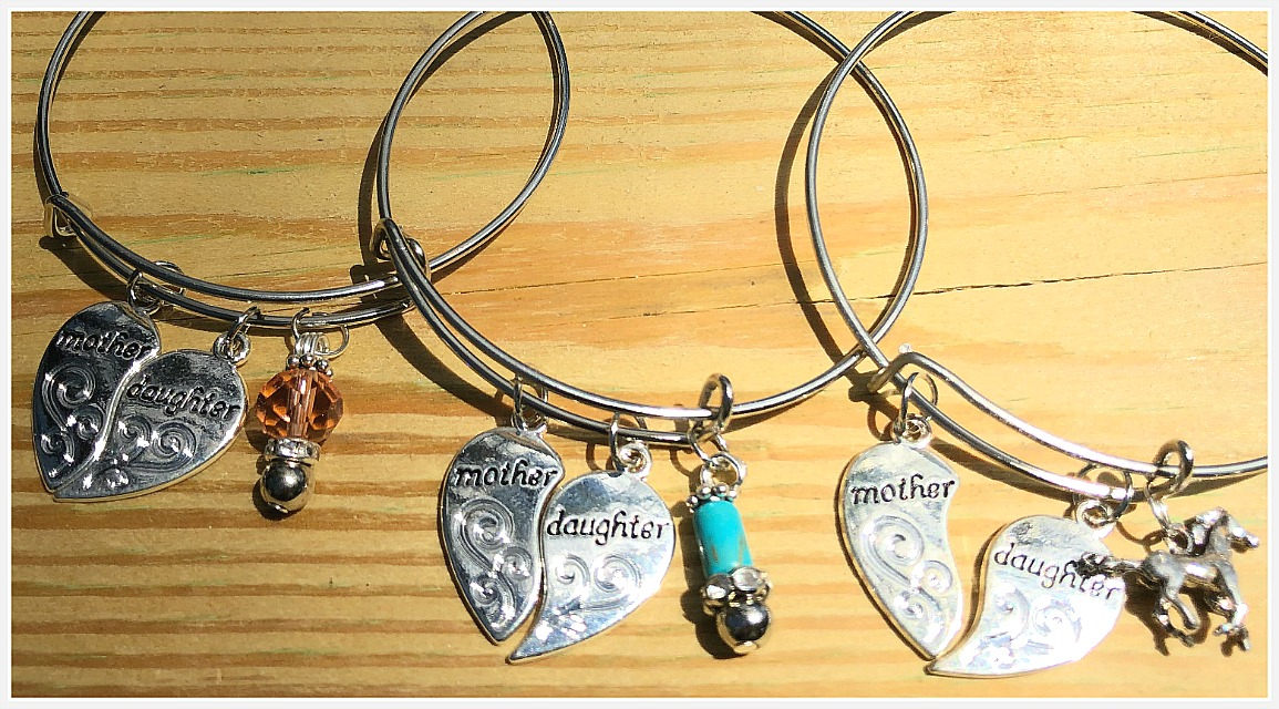 "MOTHER DAUGHTER BRACELET Silver Heart ""Mother"" ""Daughter"" Charm Silver Bracelet w/ Custom Charm"