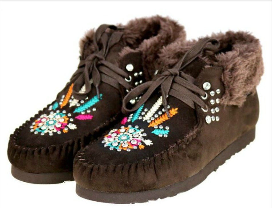 COWGIRL GYPSY MOCCASINS Fur Lined Rhinestone Studded Embroidered Moccasins