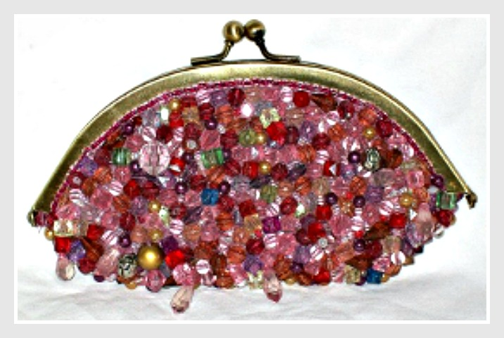 TOUCH OF GLAM CLUTCH Multi-Colored Beaded Pink Velvet Satin Gold Tone Small Bag