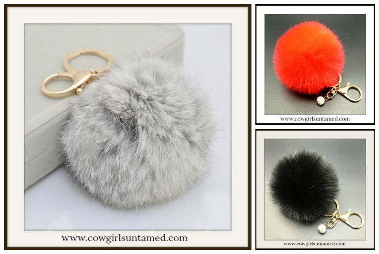 GOING GLAM KEYCHAIN 3 COLORS Pearl Charm Fur Pom Pom Golden Key Ring / Key Chain
