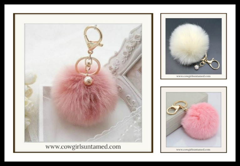 GOING GLAM KEYCHAIN PINK BEIGE Pearl Charm Fur Pom Pom Golden Key Ring/Key Chain