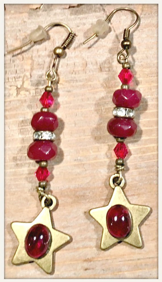VINTAGE GYPSY EARRINGS Brushed Gold Red Ruby Gemstone Star on Garnet Crystal BOHO Earrings