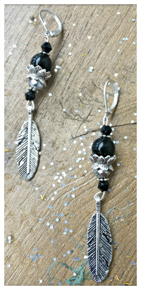 VINTAGE COWGIRL EARRINGS Antique Silver Feather Black Crystal Gemstone Earrings