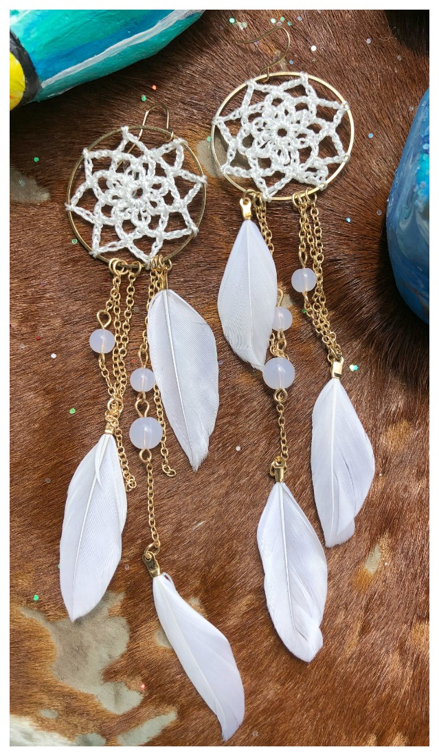 BOHEMIAN COWGIRL EARRINGS White Dreamcatcher Gold Chain Long Feather Boho Western Earrings