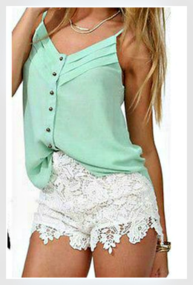 WILDFLOWER SHORTS White Teardrop Lace Silk Waist Tie Boho Shorts LAST ONE SIZE M/L