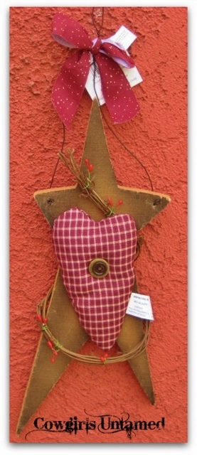 COWGIRL STYLE DECOR Wood Star with Checkered Heart Berry Vine N Rag Bow Wire Hanger Western Hanging Art Home Decor