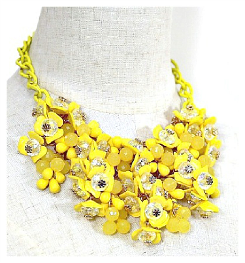 WILDFLOWER NECKLACE Blooming Yellow Resin Crystal Flower Statement Bib Necklace