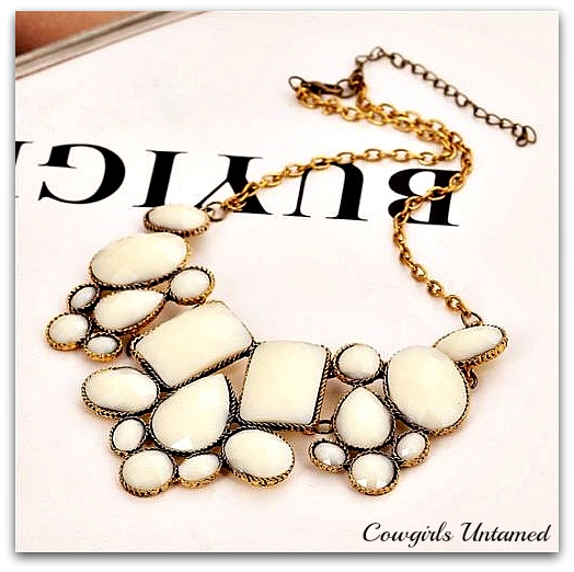 COWGIRL STYLE BIB NECKLACE Cream White OR MINT & Gold Statement Choker Bib Necklace