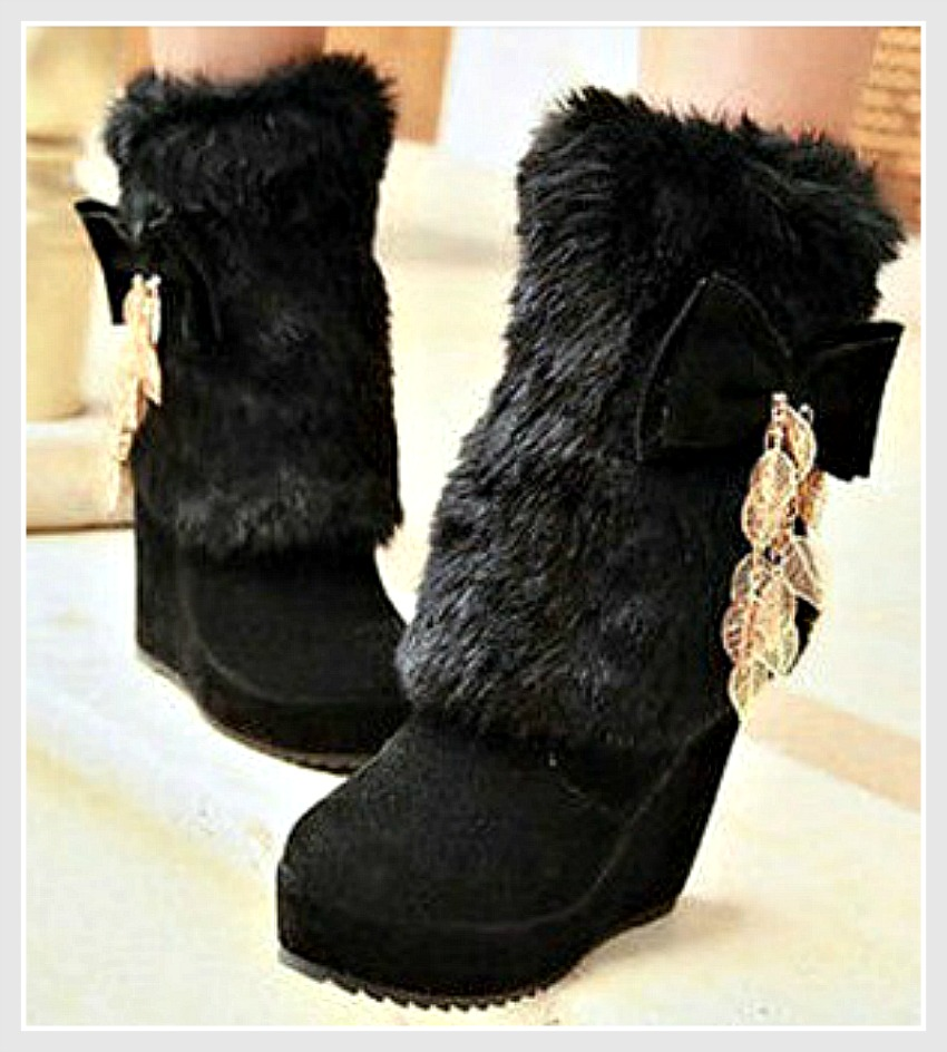 COWGIRL ATTITUDE BOOTS Fur, Bow & Chain Heel Winter Western Boots SIZE 5 LAST ONE
